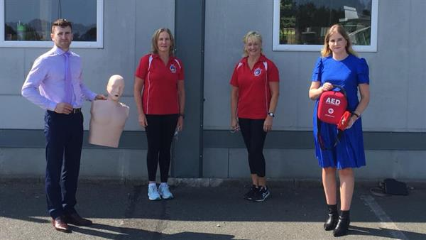 AED and Basic Life Support Training for Staff